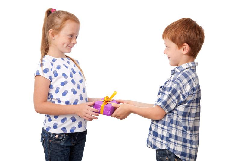 Wie Giveaways, Messegeschenke oder Streuartikel der Kundenbindung dienen.